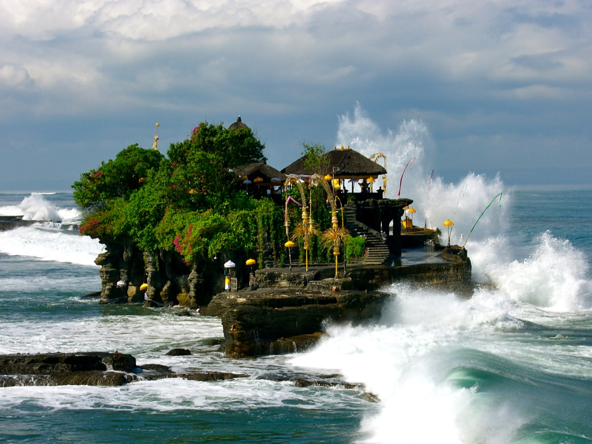 Tanah-Lot-Temple-Bali-Bali-Hello-Travel-2